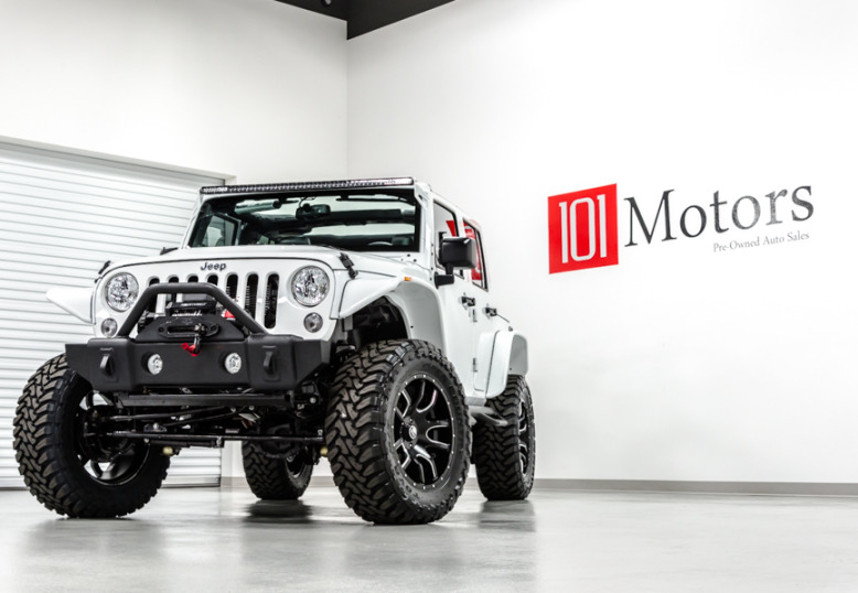 2014 Jeep Wrangler in White